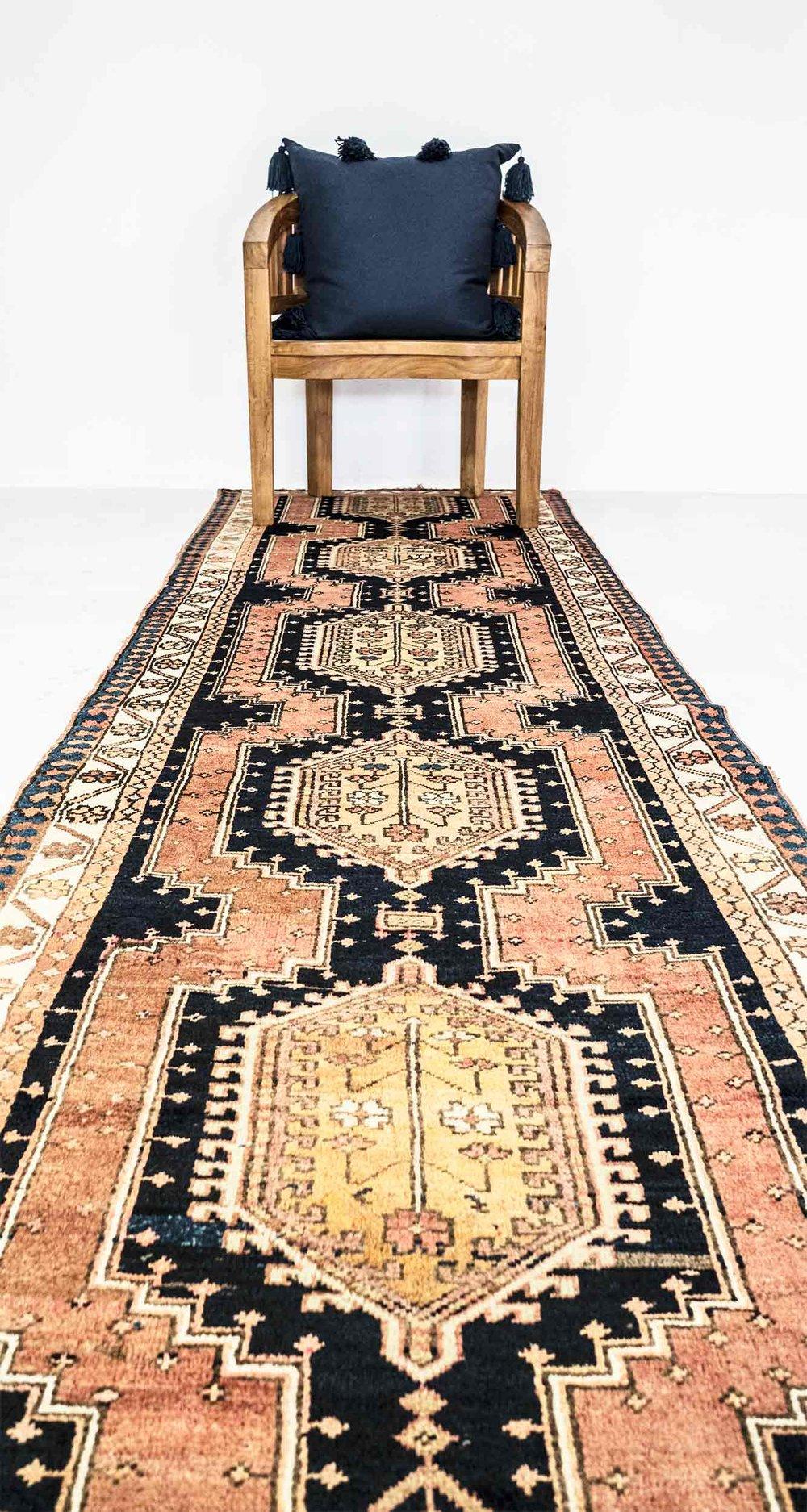 NO. 0007 / PERSIAN (SARAB) / 70 YEARS / 12'8 x 3'4 FT