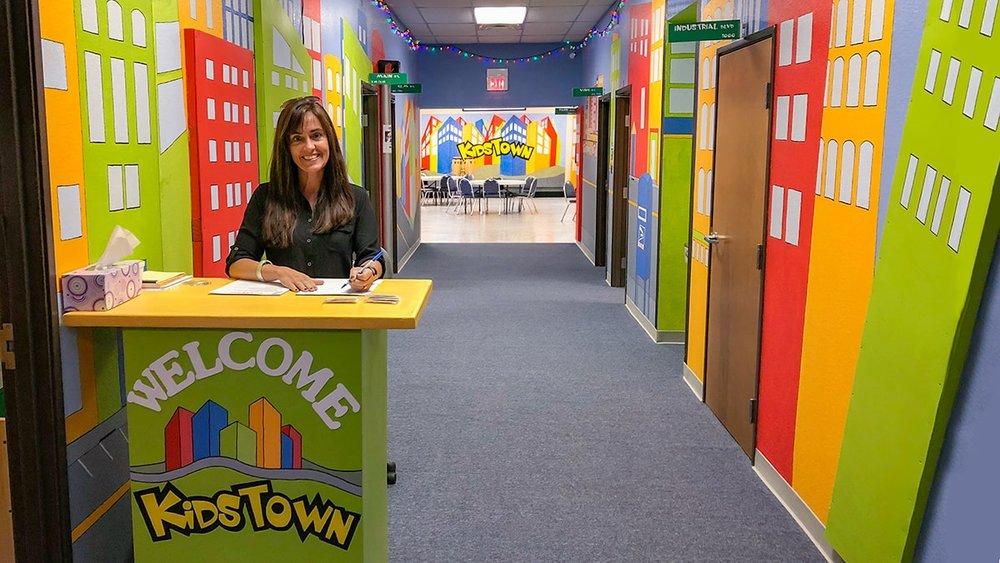 KidsTown Wendy 16-9-min.jpg