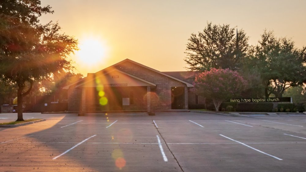 2017-08-31 - LHBC_CT_Sunrise over Church_7290.jpg