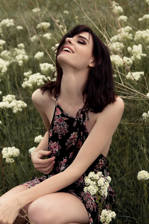 AletheiaSunflowers-4.jpg