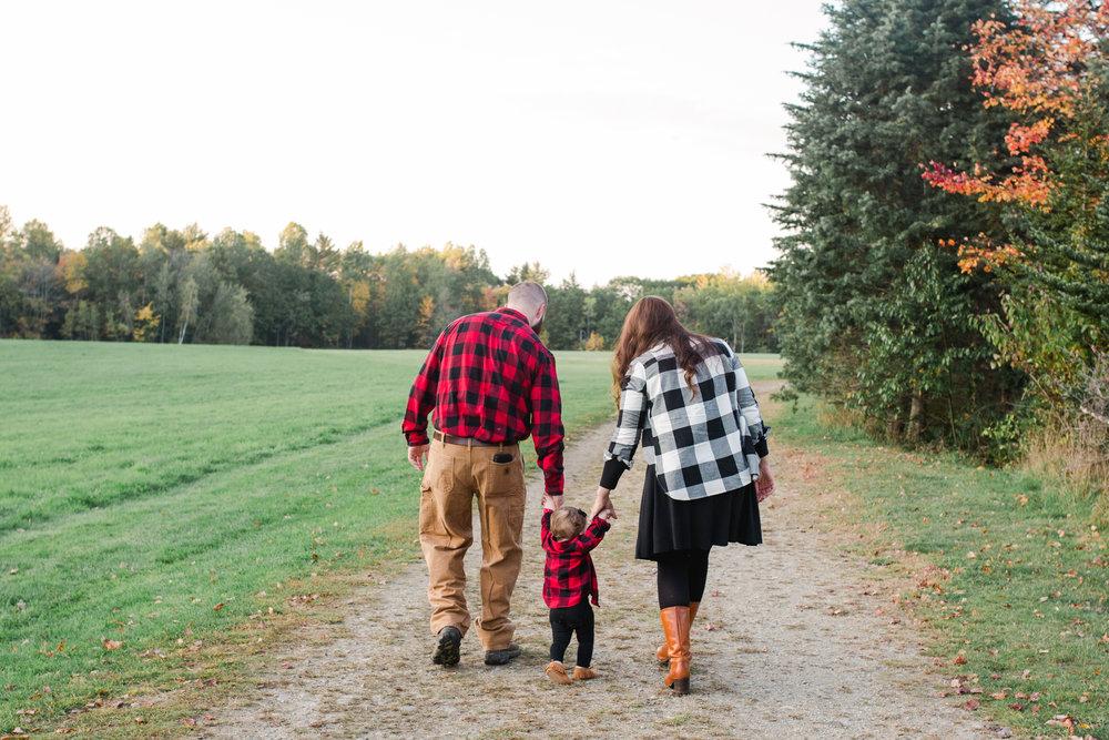 Fall Family Shoot in Yarmouth, Maine 13.jpg