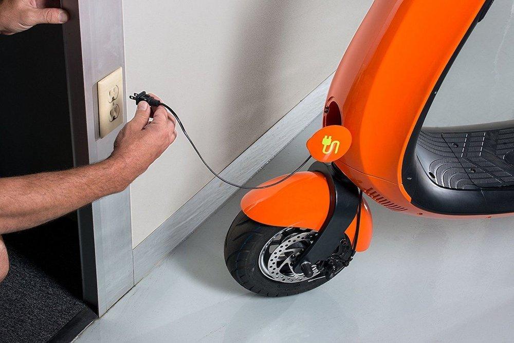 OjO-Commuter-Electric-Scooter-04.jpg