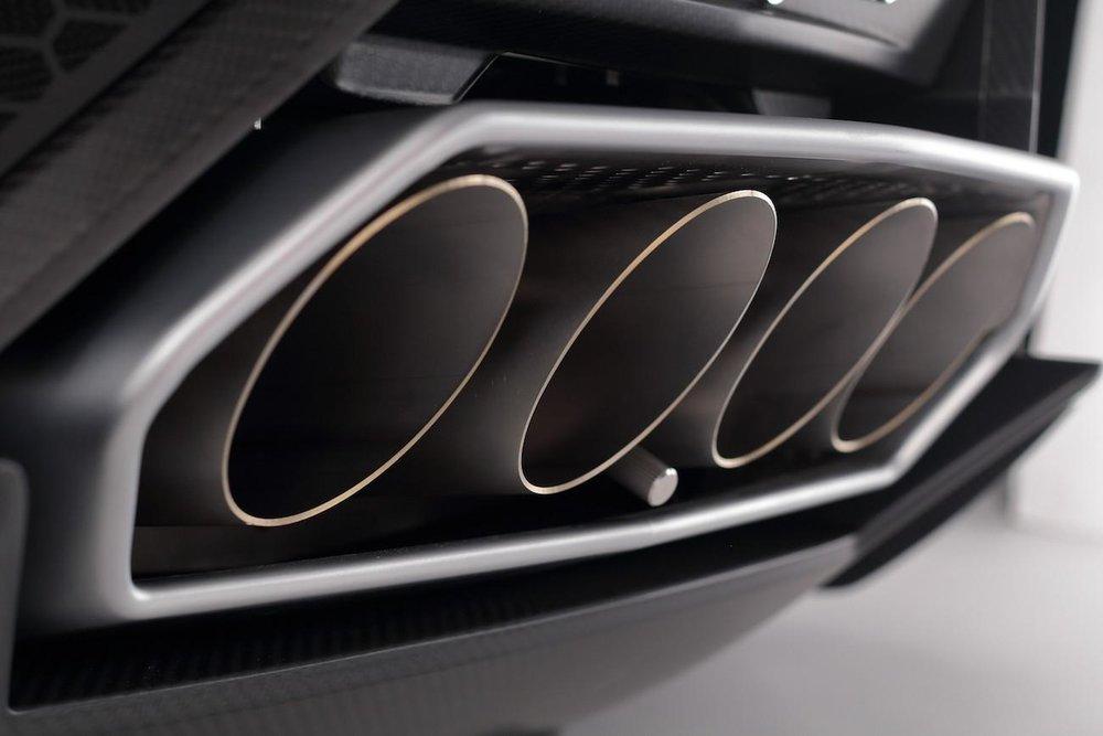 Esavox Carbon Fiber Lamborghini Frillstash
