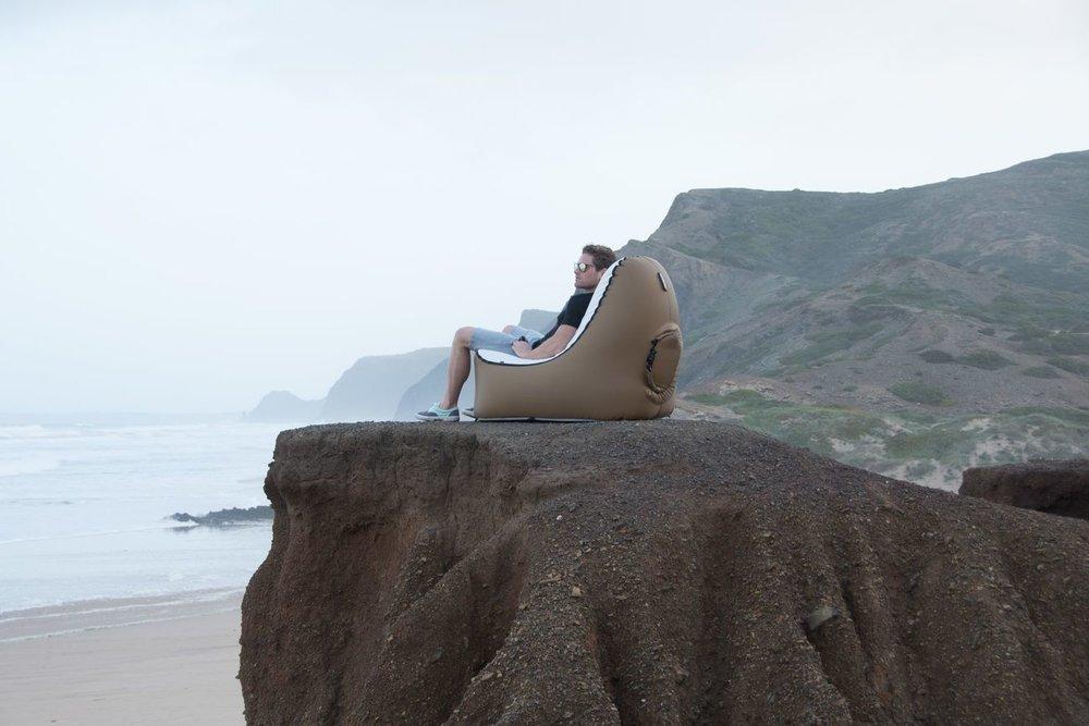 Trono Inflatable Chair Frillstash
