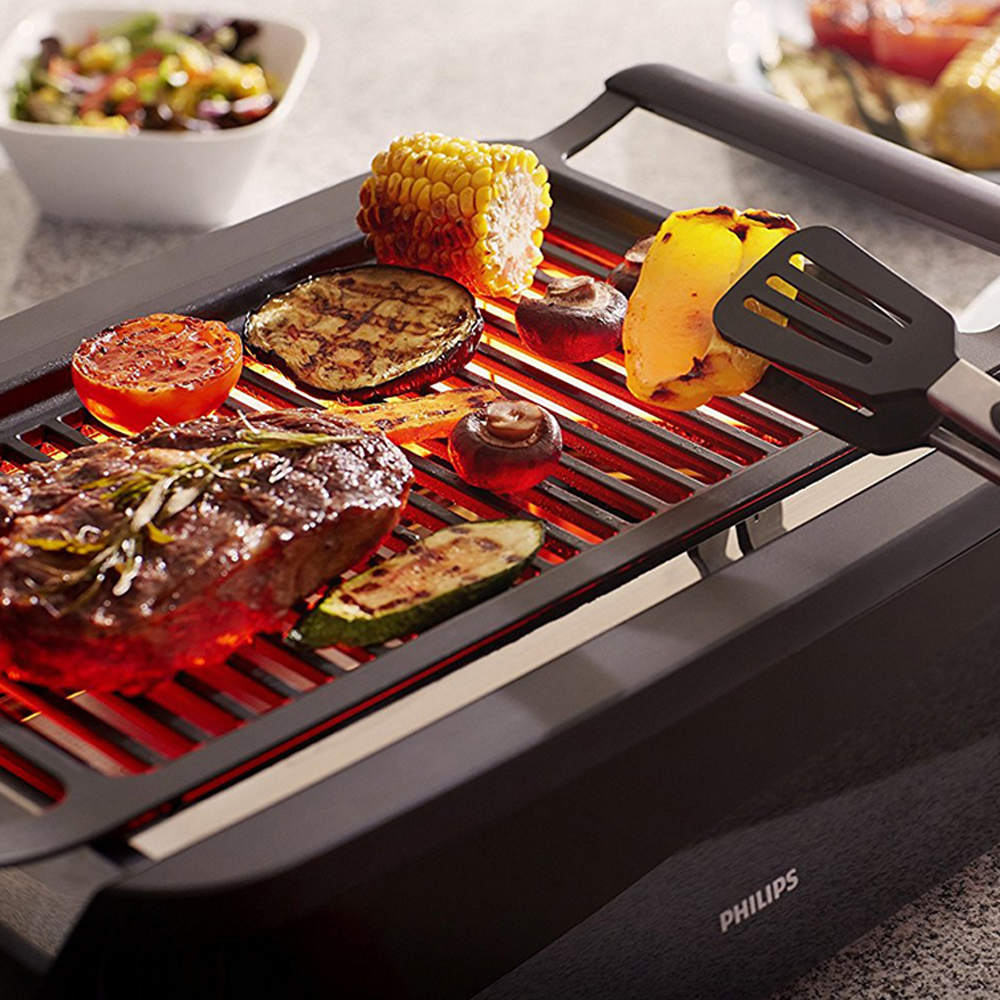 Indoor Grill - With the smokeless feature, you can now grill your favourite tender juicy garlic butter flavoured steak in your home whenever you want. Plug it in and you're ready to go.