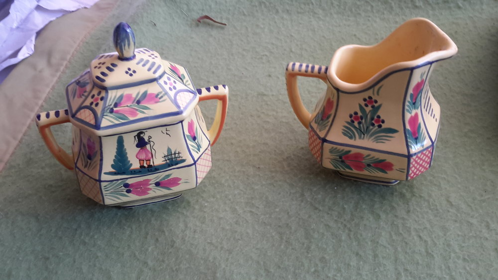 Quimper covered sugar and pitcher.jpg