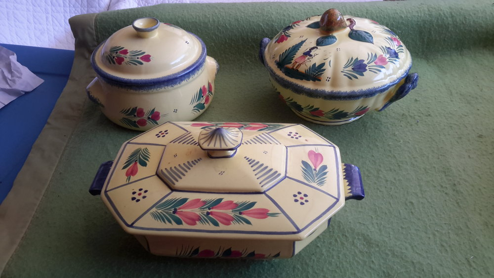 Quimper sugar bowl and mustard bowl.jpg