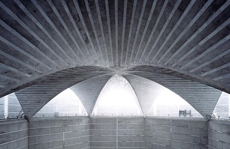 Louis+kahn+national+assembly+building+dhaka+II.jpg