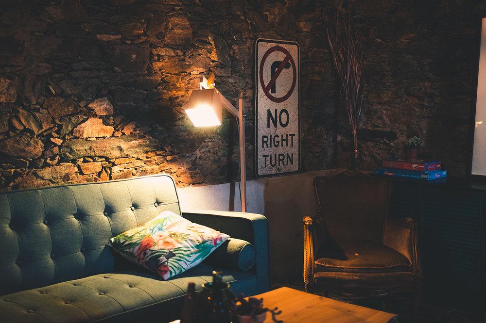 lounge_72.jpg