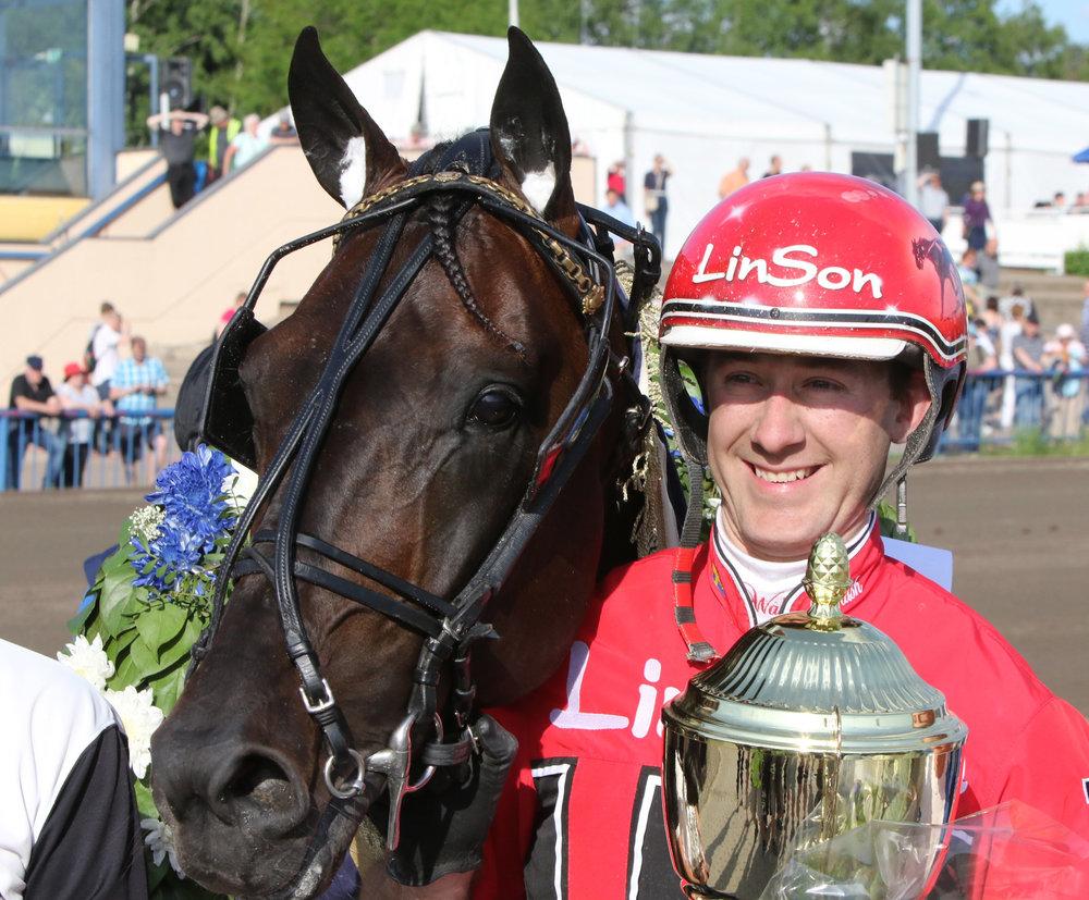Viime vuonna kilpailun voittanut ruotsalainen Carabinieri juoksi Kymi GP:n uuden kilpailuennätyksen 1.11,0/2100 m.