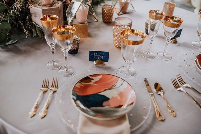 It takes a village👭 #foreverbridetribe #minneapolis #minnesota #events #eventplanner #weddings #styledshoot #gold #blush #blue
