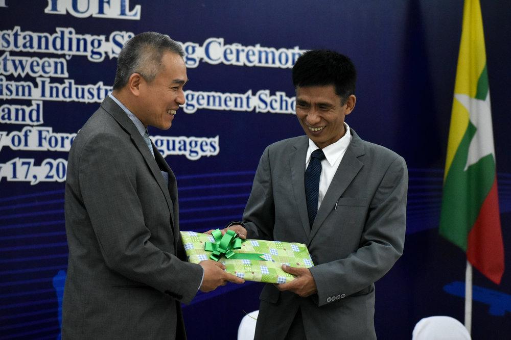 Myanmar Album 2 (27 of 33).jpg