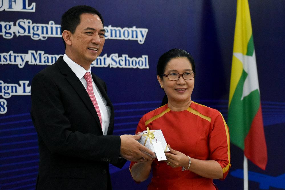 Myanmar Album 2 (25 of 33).jpg
