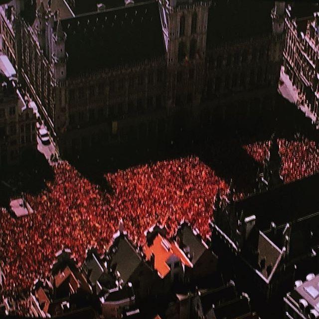 Waar is da feetje...? En Belgique , come on Red Devils 😍... #football#worldcup#sport#fun#convivialité#different color#no to racism....