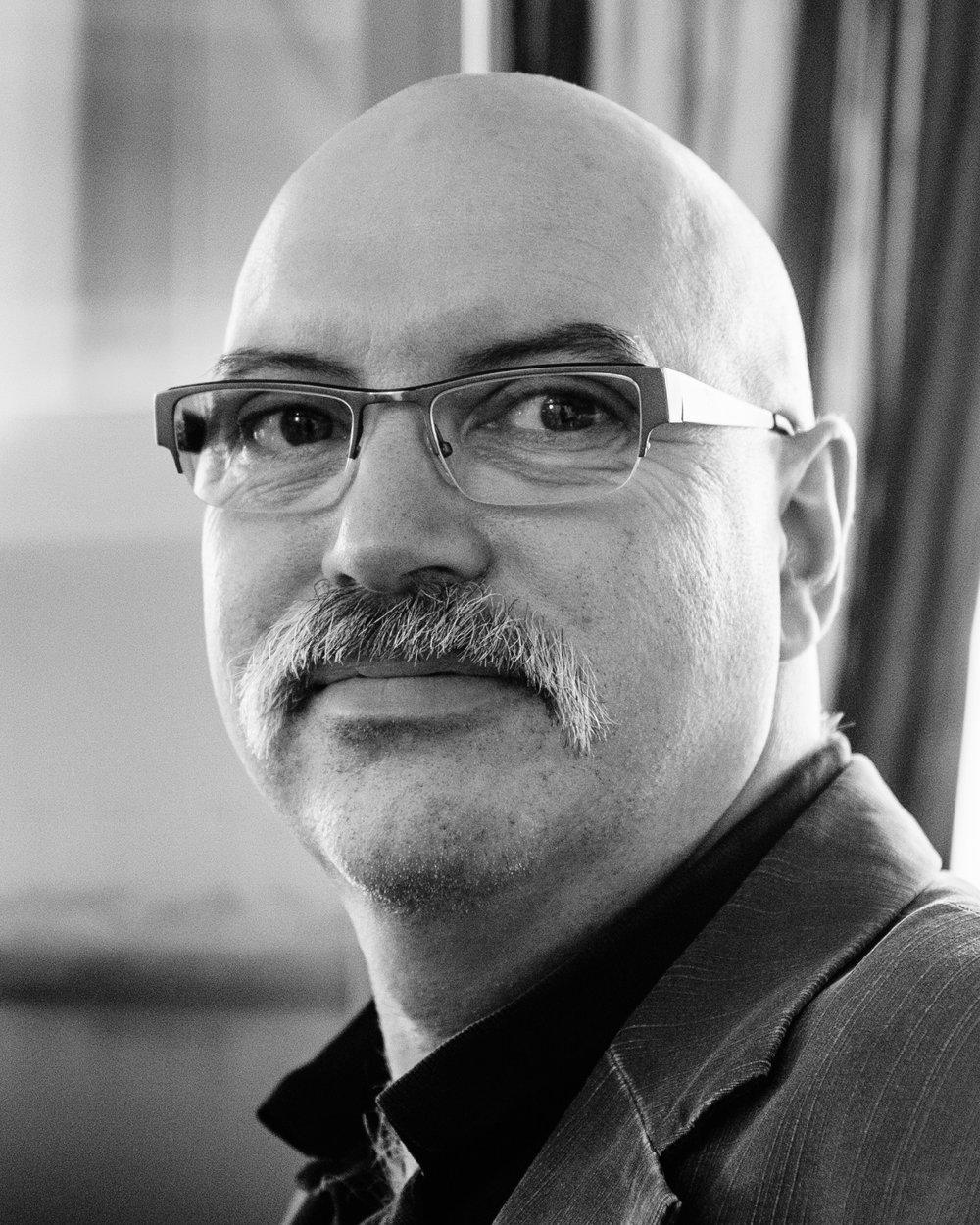 Terje Winther - Daglig leder i De Unges Orkesterforbund (UNOF).Utdannet komponist og dirigent.Har arbeidet mye med praktiske oppgaver i musikklivet