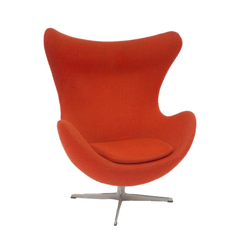 Swivel Egg Chair By Arne Jacobsen .