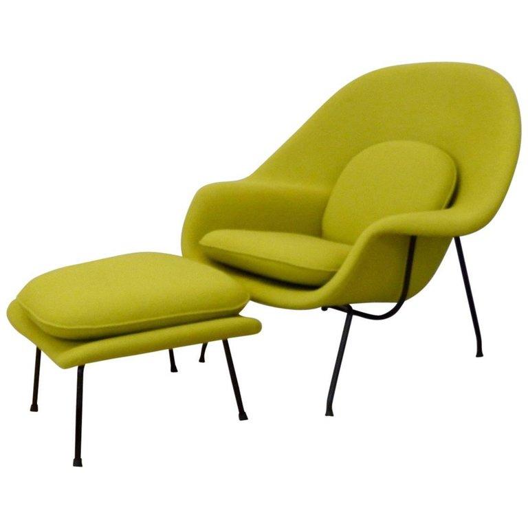 Black Leg Eero Saarinen Early 1950s Knoll Womb Chair