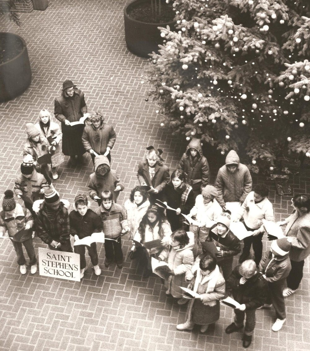 Caroling-at-the-City-Government-Center-001.jpg