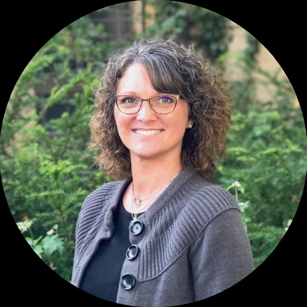 Regina Sodia - Business Administrator
