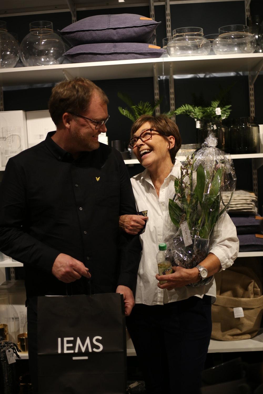 Ing-Marie och hennes son Roger som besökte invigningen.