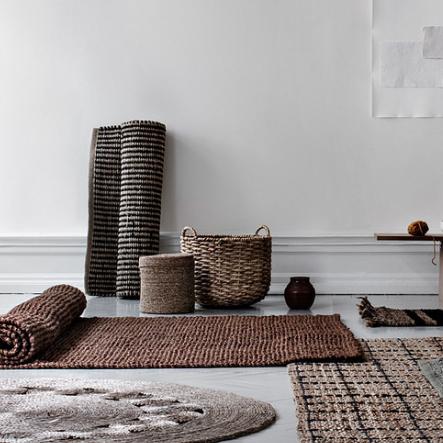 Dixie - Svensk design som är inspirerad av naturen.Från Dixie har vi bland annat inne plåtburkar och dörrmattor som gör det där lilla extra i ett hem.