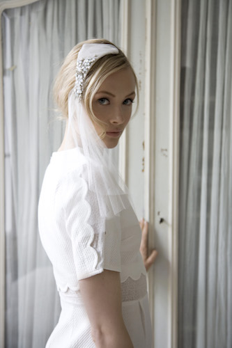 Bridal-Swarvoski-crystal-headpiece-with-veil.jpg