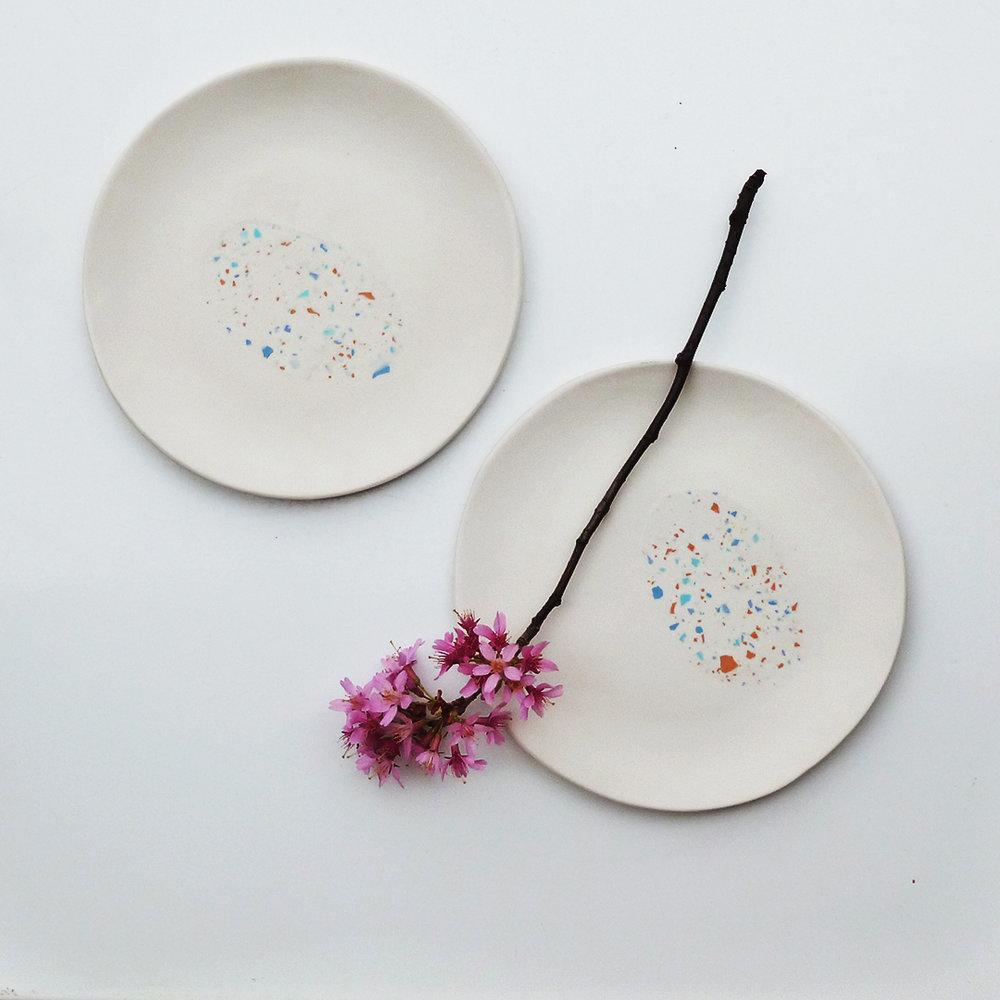 Plates White Duo.jpg