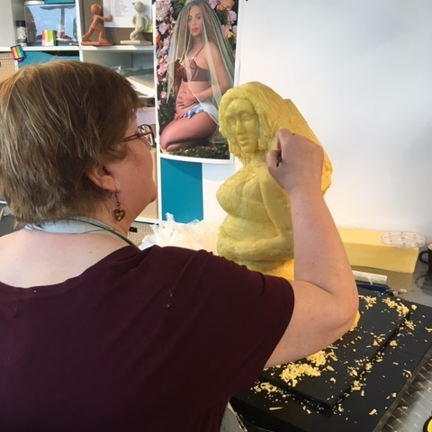 Jacqui Kelly creating a statue of Beyonce, made from 40kg of cheese!