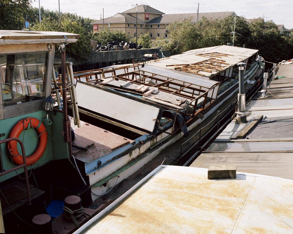 leo boat exteriorcropped copy.jpg