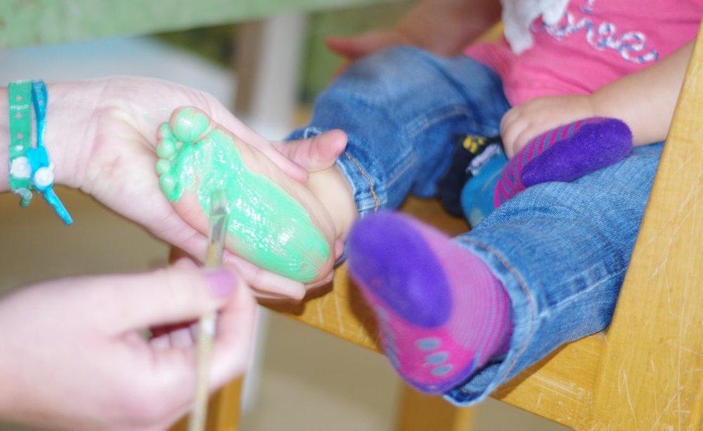 KrabbelBabbel-Gruppe - 09.30 UhrFür Eltern mit Kindern von 0 Jahren bis KindergartenInfo: Tabea LenzeMailkontakt