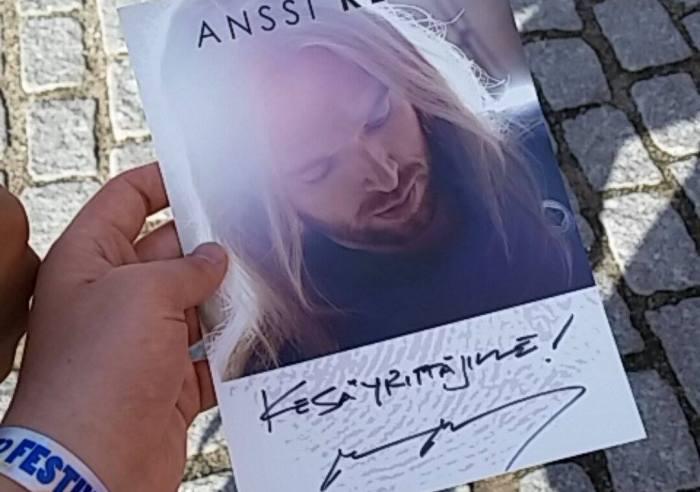 Ps. Eräs Anssi Nummelasta ehti lähettää meille ihailijapostia, suuri kiitos sinne etelään ja hauskaa keikkakesää! t. Kesäyrittäjät