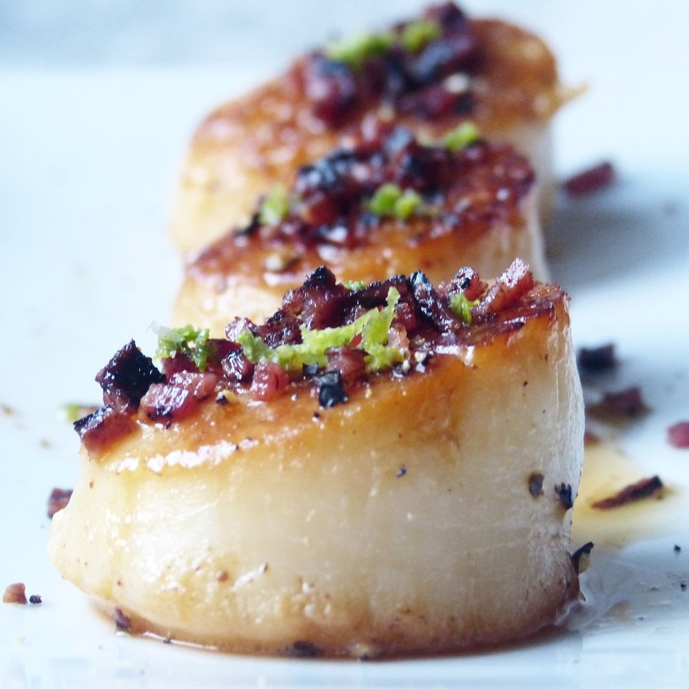 Citrus Honey Scallops with a Bacon Peppercorn Crumble -