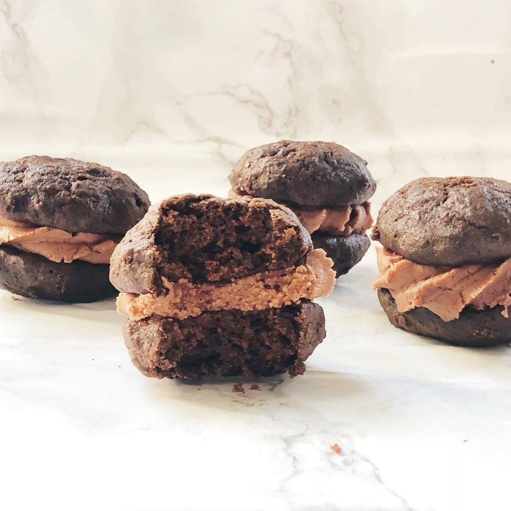 Chocolate Nutella Whoopie Pies -