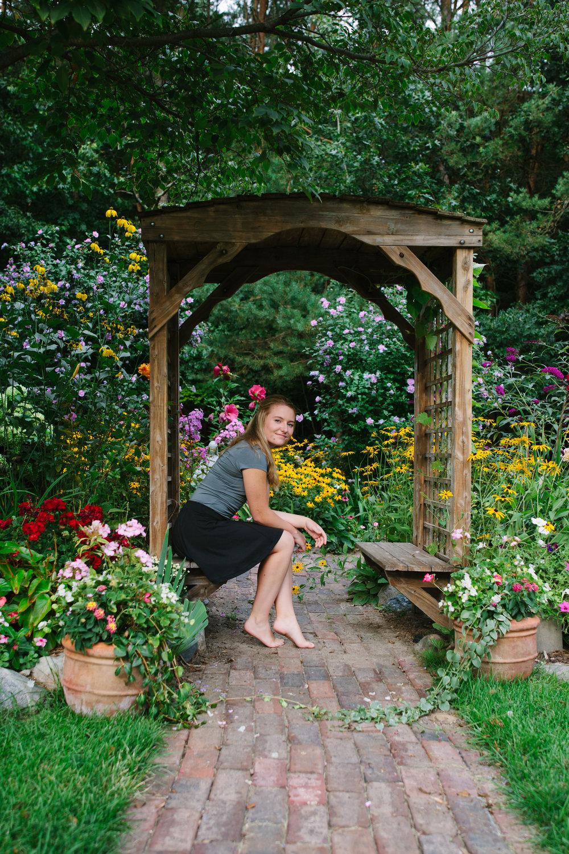 grandrapids_seniorsession_highschool_westcatholic_urban_seniorpictures_michigan_michiganphotographer_bluebridge_ 002.jpg