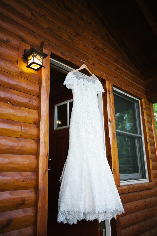 grand_rapids_wedding_rockford_wedding_richard_app_gallery_wedding_grand_rapids_wedding_photographer_summer_wedding_wabasis_lake_park_wedding_rustic_wedding.jpg