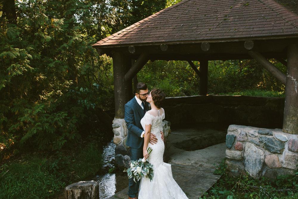 grand_rapids_wedding_rockford_wedding_richard_app_gallery_wedding_grand_rapids_wedding_photographer_summer_wedding_wabasis_lake_park_wedding_rustic_wedding-37.jpg