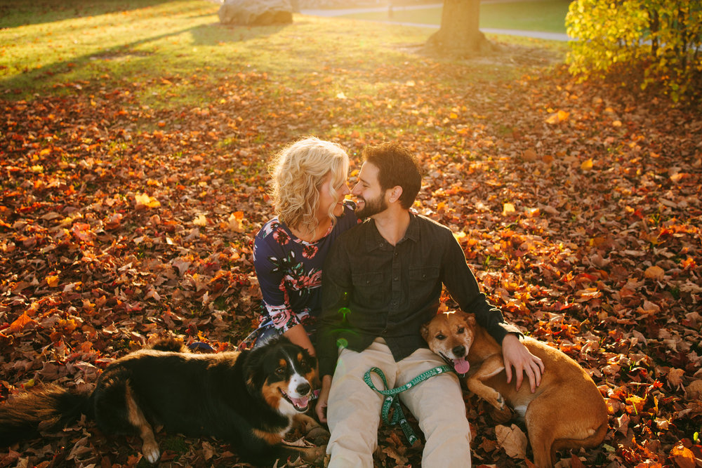 charltonpark_engagementsession_grandrapidsphotographer_grandrapids_hastings_michiganwedding_fallengagement_fallwedding_jdarlingphoto_jessicadarling_westmichiganphotographer_wedding_fall_rusticwedding  023.jpg