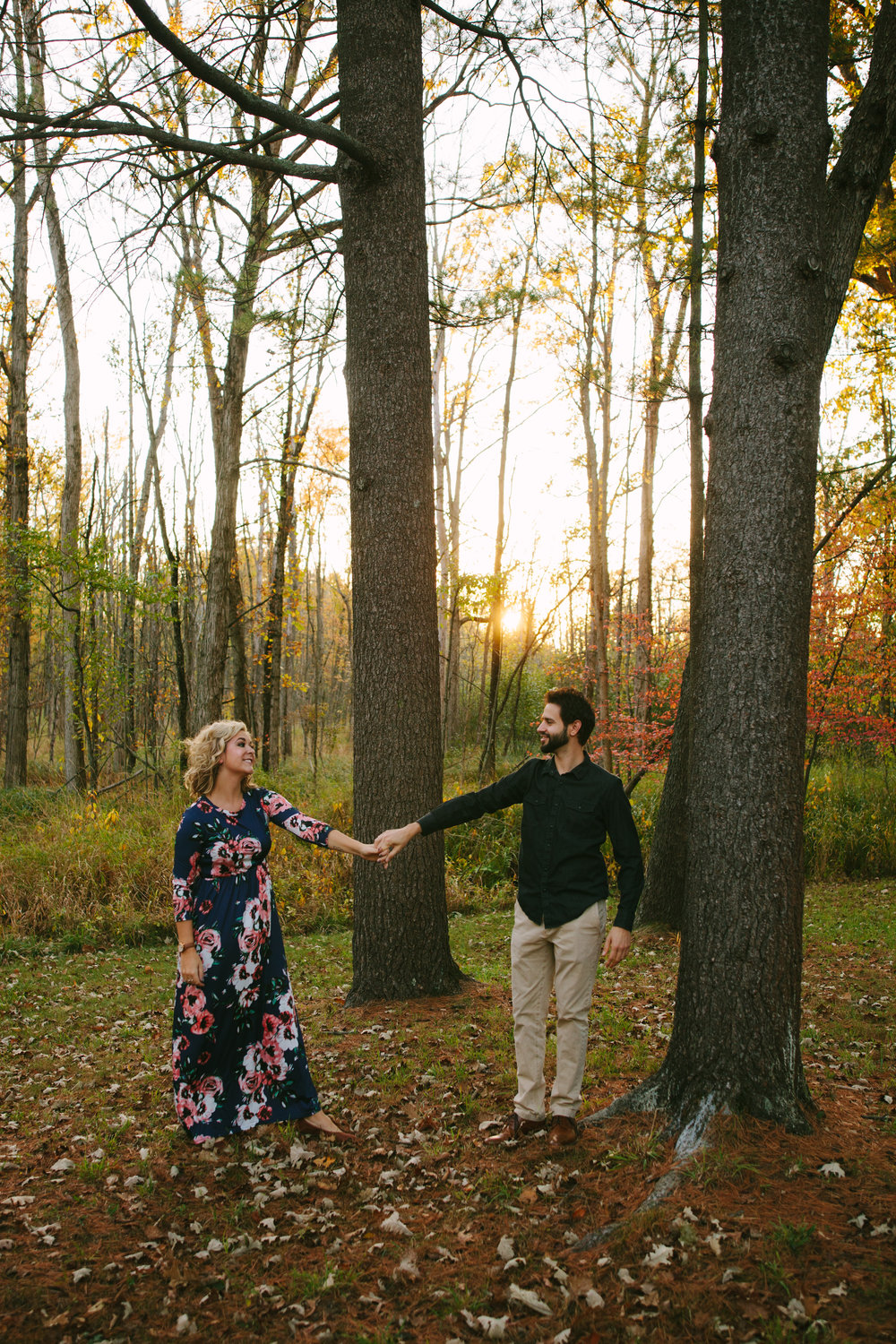 charltonpark_engagementsession_grandrapidsphotographer_grandrapids_hastings_michiganwedding_fallengagement_fallwedding_jdarlingphoto_jessicadarling_westmichiganphotographer_wedding_fall_rusticwedding  027.jpg