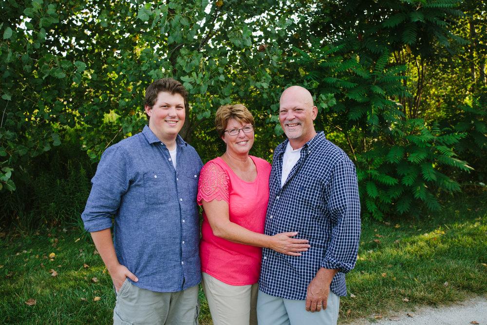 familyphotography_whafieldpark_grandrapidsphotographer_family_extendedfamilysession_jdarlingphoto_jessicadarling_grandrapids015.jpg