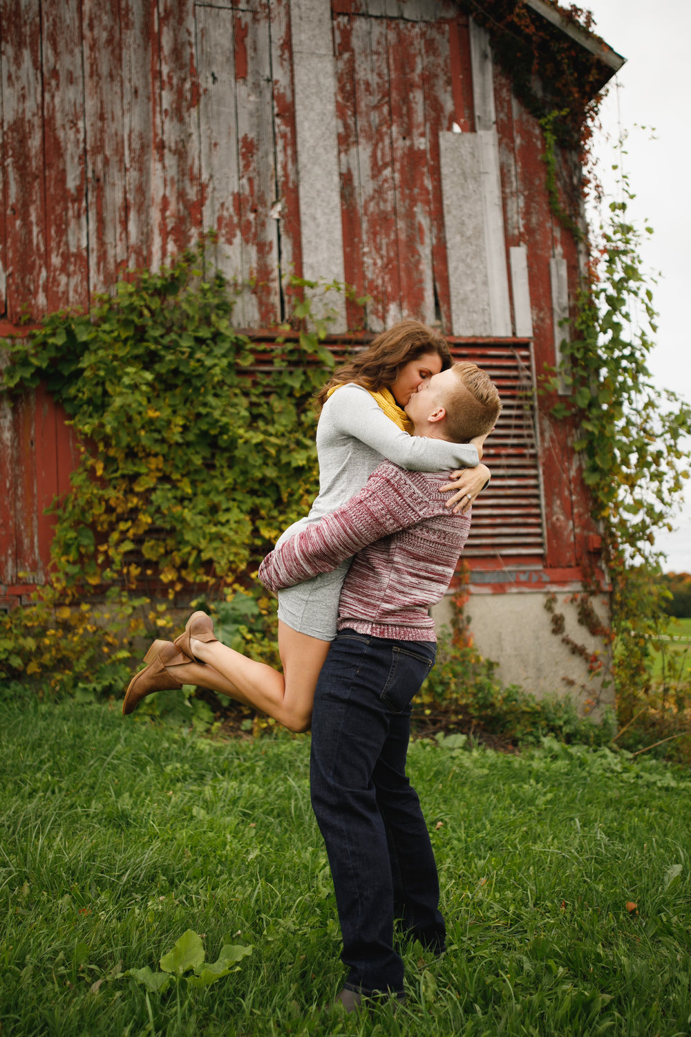 grandrapids_grandrapidsphotographer_grandrapidsweddingphotographer_jessicadarling_jdarlingphoto_engaged_countryengagementsession_fall_fallengagementsession_weddingphotographer_foliage_karlyandsam_westmichiganweddingphotographer_westmichigan 013.jpg