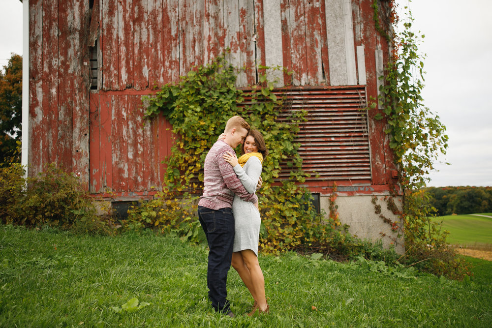 grandrapids_grandrapidsphotographer_grandrapidsweddingphotographer_jessicadarling_jdarlingphoto_engaged_countryengagementsession_fall_fallengagementsession_weddingphotographer_foliage_karlyandsam_westmichiganweddingphotographer_westmichigan 012.jpg