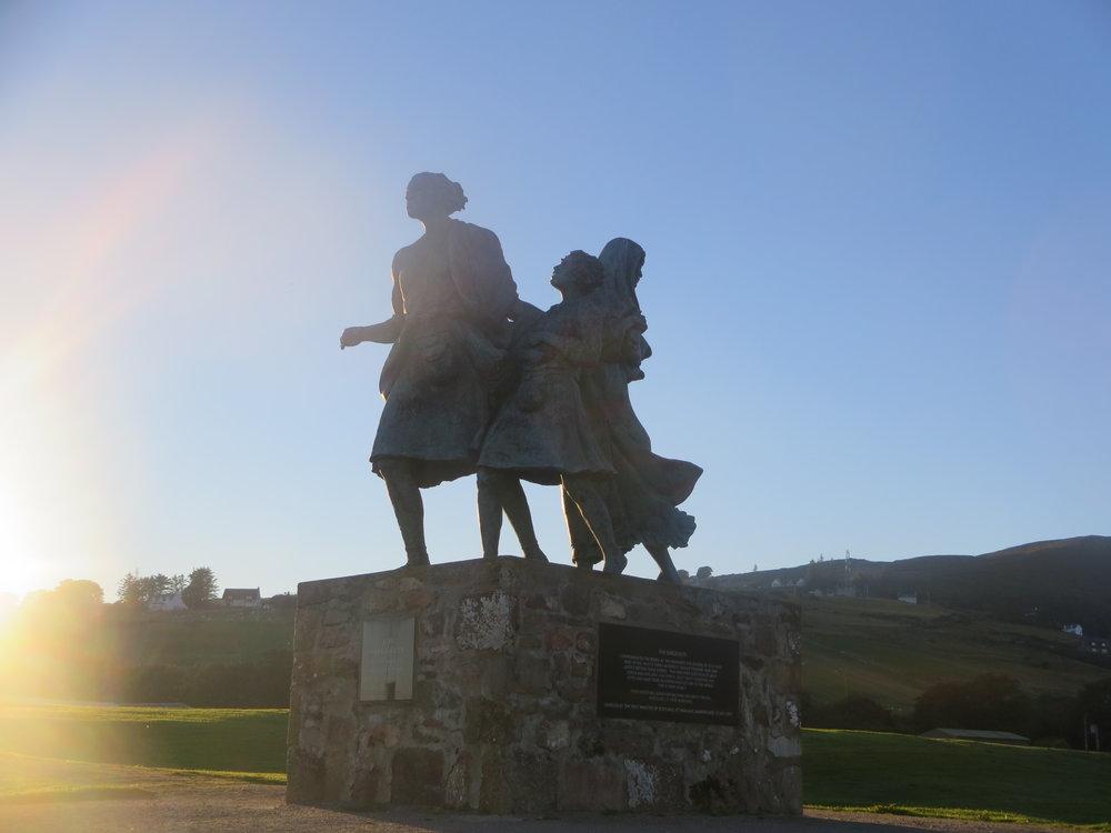 Emigrants Statue - ferfdfvf fes fd fdfdfd fddf