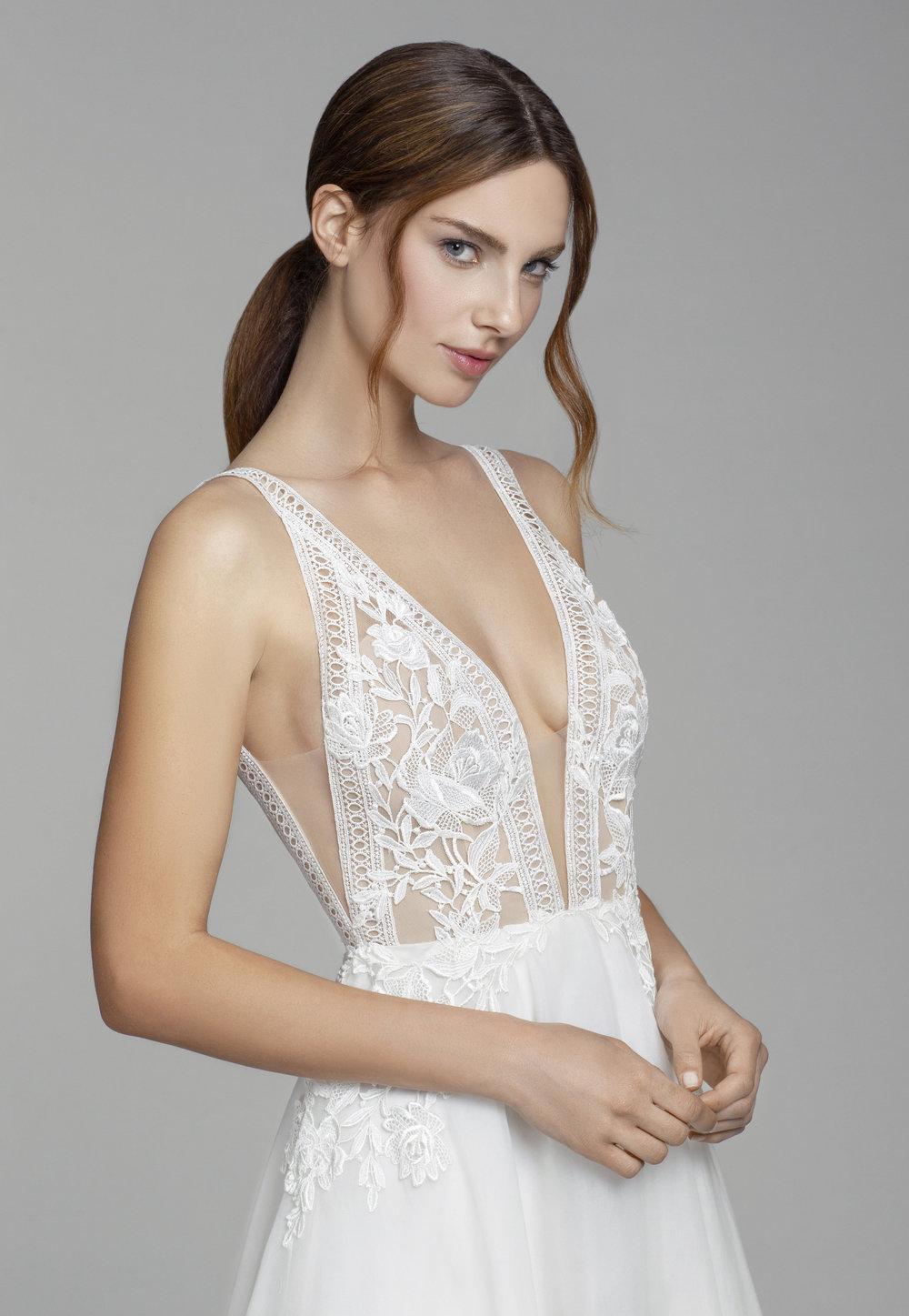 Style 2856: Cristina