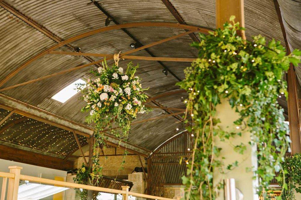 gloucestershire-wedding-venues-nick__sarah_peasant-478-1024x683.jpg