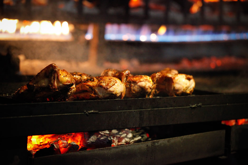 INDIAN FEAST - Aromatic Tandoori from £55 per head