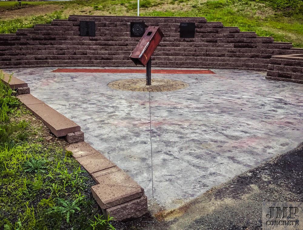retaining wall - 9:11memorial.jpg
