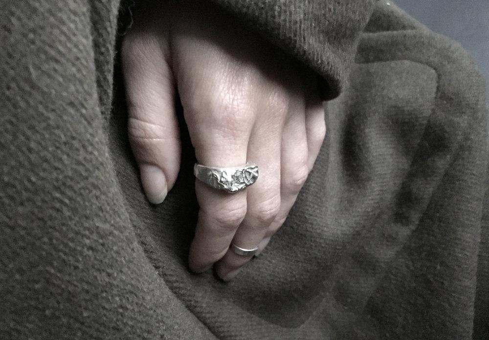 Kendra Elizabeth Deep Winter Jewelry 01.jpg
