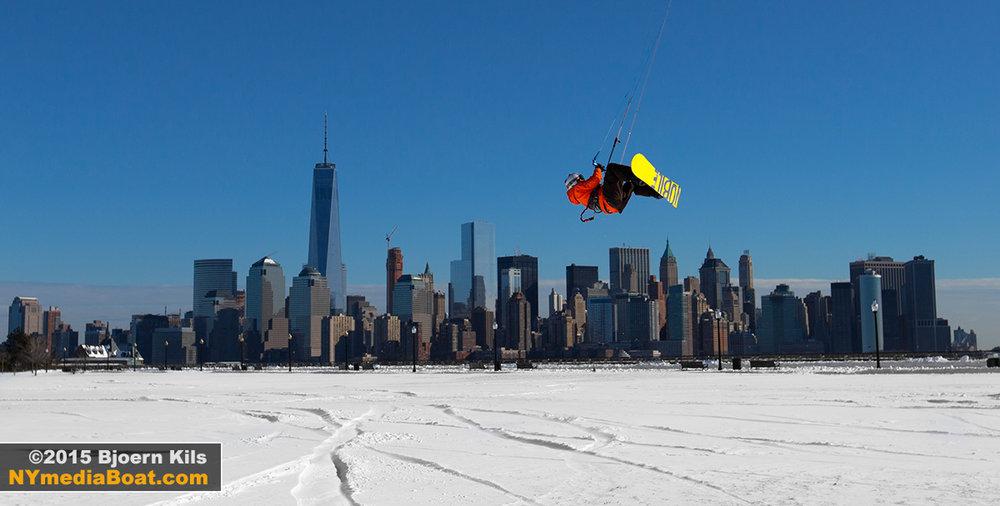 20150128_bjoernkils_snow_kite-9126_1200wm.jpg