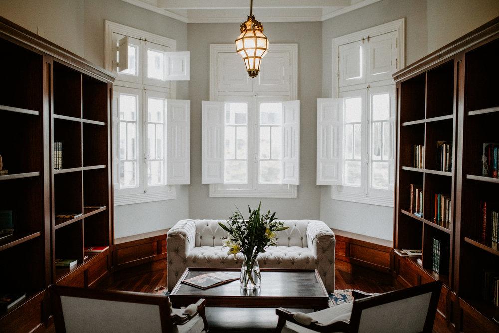 Casa República Private Library