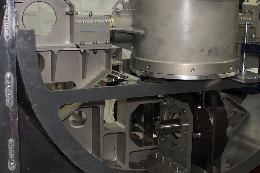 AUV Telescoping Mast